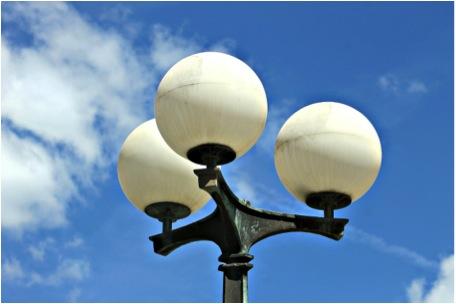 barendrecht het cda wil aandacht voor goede openbare verlichting van diverse kanten kreeg het cda de afgelopen tijd te horen dat er op meerdere plaatsen